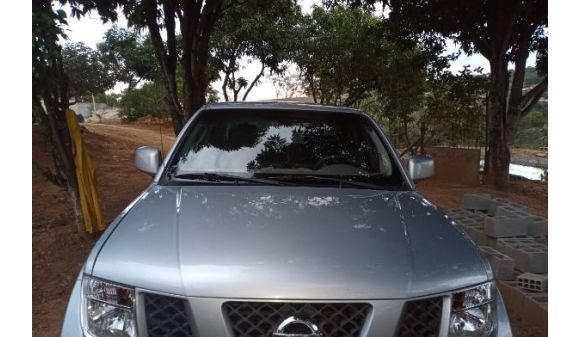 Nissan frontier 2.5 xe cd 4x2 2.5 tb diesel 08/09 prata