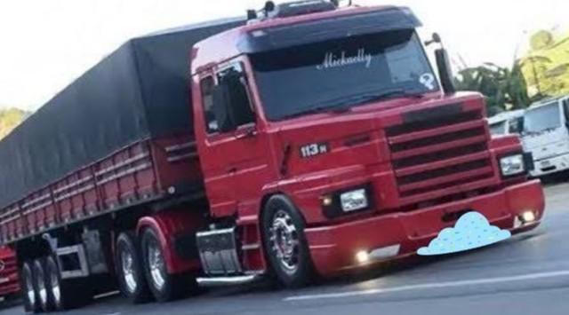 Scania h com carreta randon..