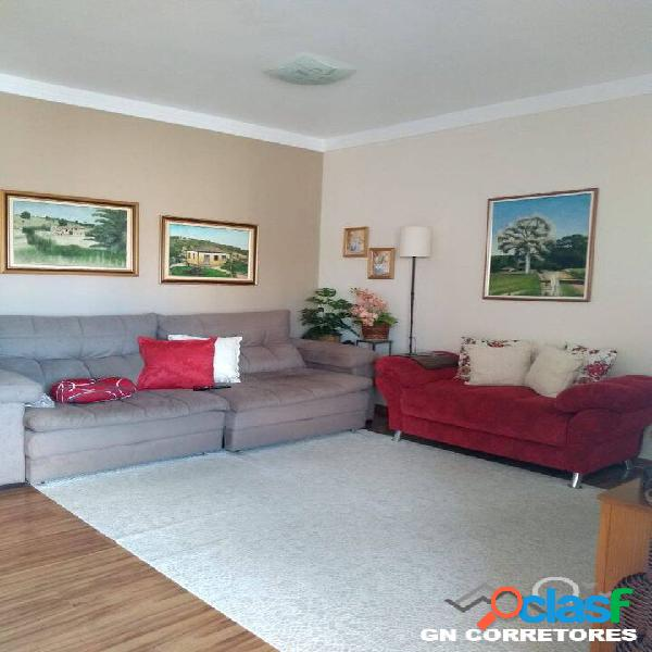 Lindo Apartamento Sala Integrado c/ Varanda, 2 dormitórios,1 suíte 1