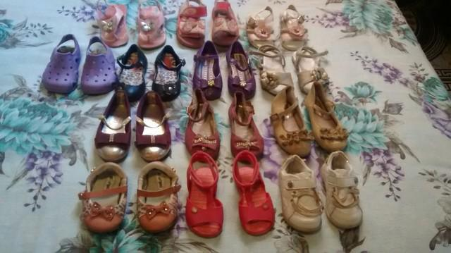 Lote de sapatos bebê total de 13 pares sapatos