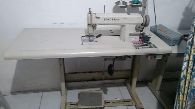 2 máquinas de costura