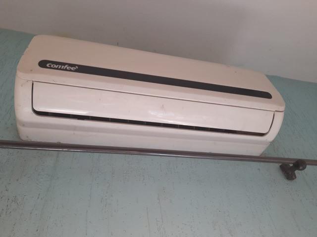 Ar-condicionado split comfee 12000 btus 220v