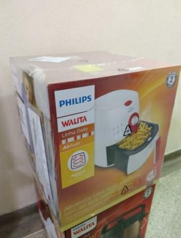 Fritadeira airfryer philips walita nova