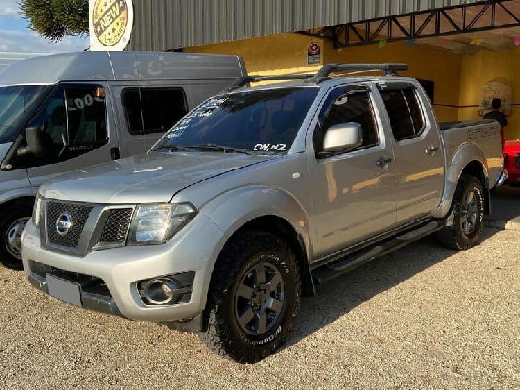 Nissan frontier 2.5 sv attack prata 2013/2014 - curitiba