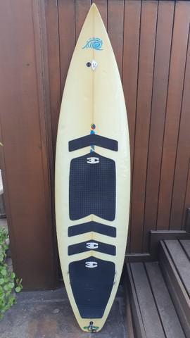 Prancha de surf ricardo martins rm 6'4 com deck dianteiro e