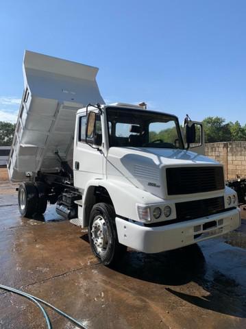 Caminhão m.benz l 1218 el 2002/02