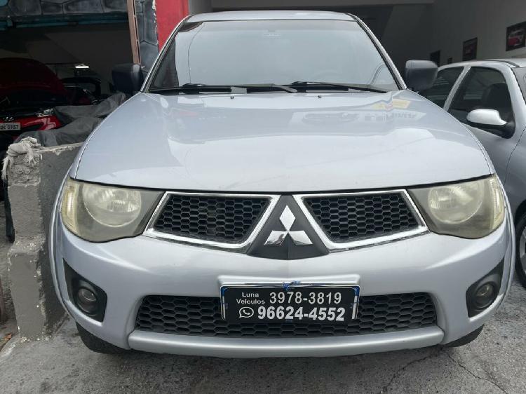 Mitsubishi l200 triton 2.4 hls prata 2013/2013 - são paulo