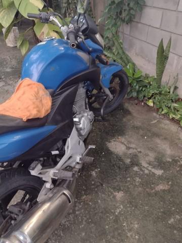 Moto cb300r 2012