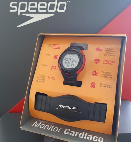 Oferta relógio speedo monitor cardíaco duas cores de r$