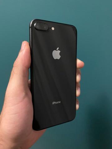Iphone 8 plus preto 64g semi novo