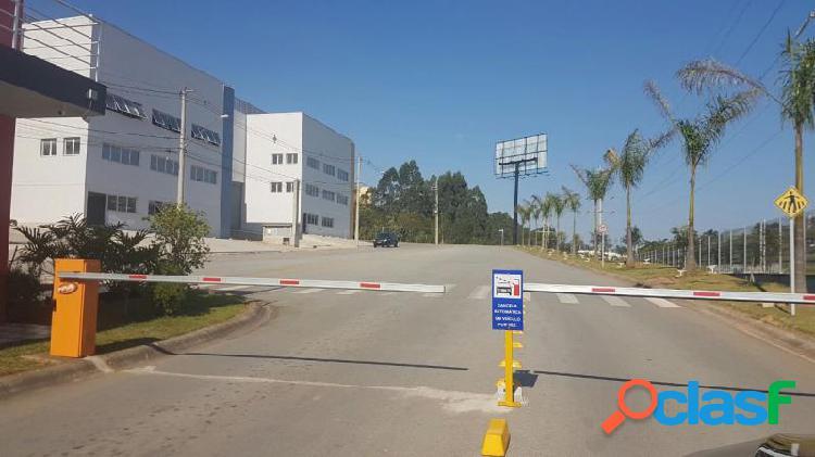 Terreno com 1080 m2 em vargem grande paulista - portão vermelho por 830 mil à venda