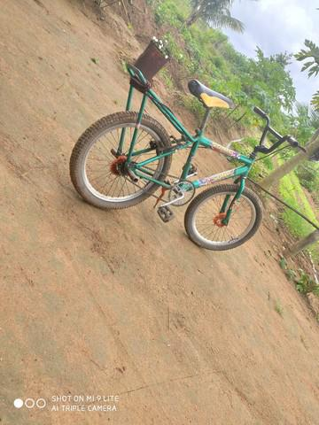 Bicicleta bmx bem conservada
