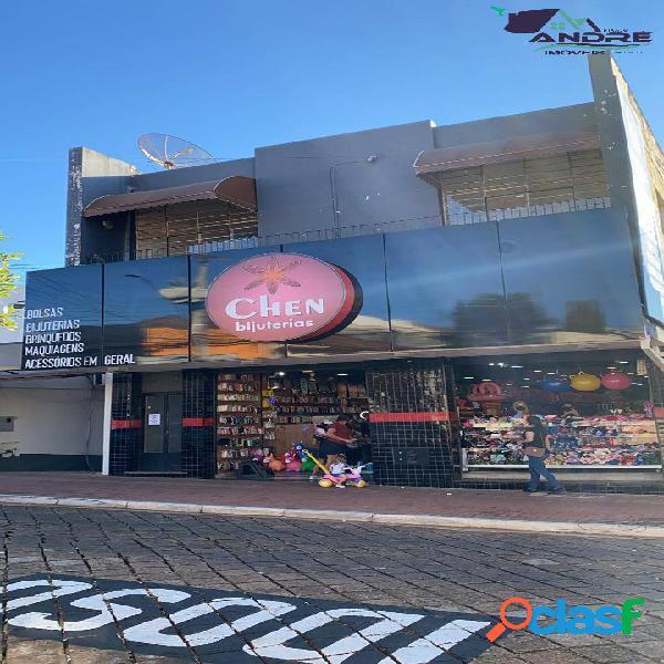 Prédio comercial/residencial de 504,60m² no centro em piraju-sp.
