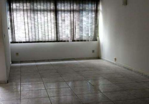 Casa para locação no centro de jundiai, com lavabo,sala,