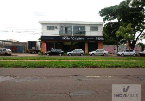 Salão comercial e residencial
