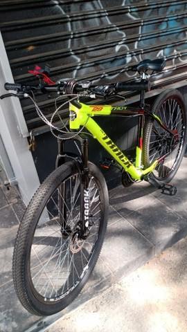 Bicicleta track aro 29 nova com nota!! tirada em menos de 1