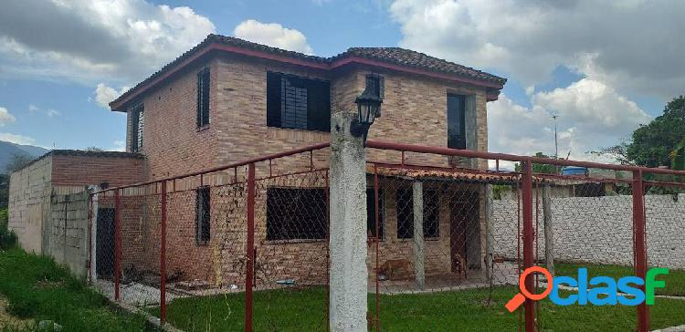 En Venta Casa en MINIGRANGAS SAN DIEGO 1