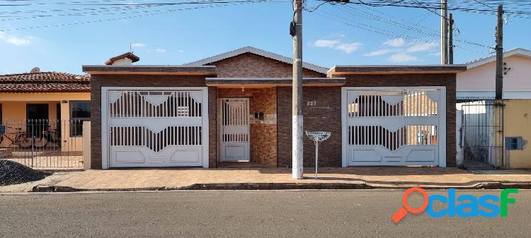 Casa no centro artur nogueira - sp