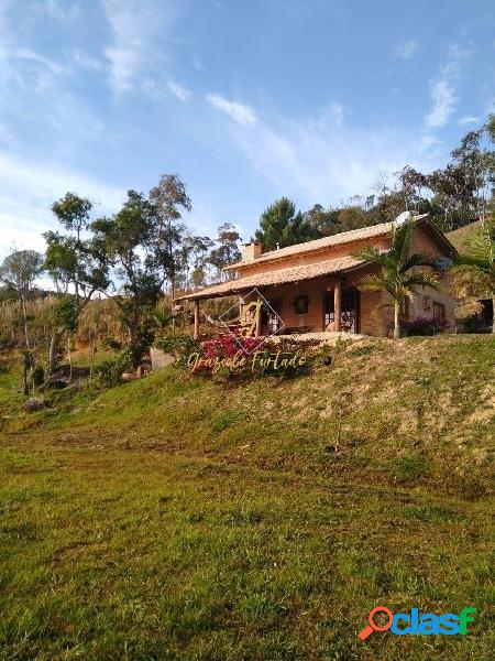 Chácara com casa estilo rústica localizada município de rancho queimado-sc