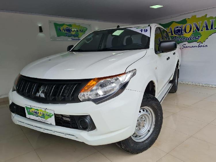 Mitsubishi l200 triton 2.4 sport gls branco 2018/2019 -