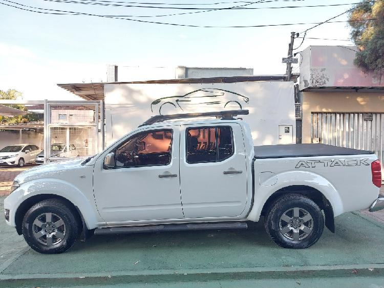 Nissan frontier 2.5 sv attack branco 2015/2015 - goiânia