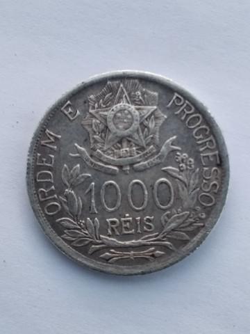 Moeda antiga de 1000 réis de prata de 1913 aceito cartão