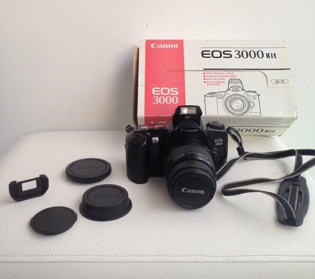 Máquina fotográfica completa canon eos 3000