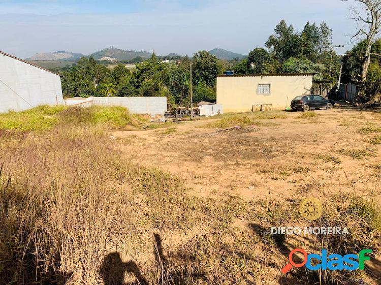 Terreno 320 m² à venda em terra preta