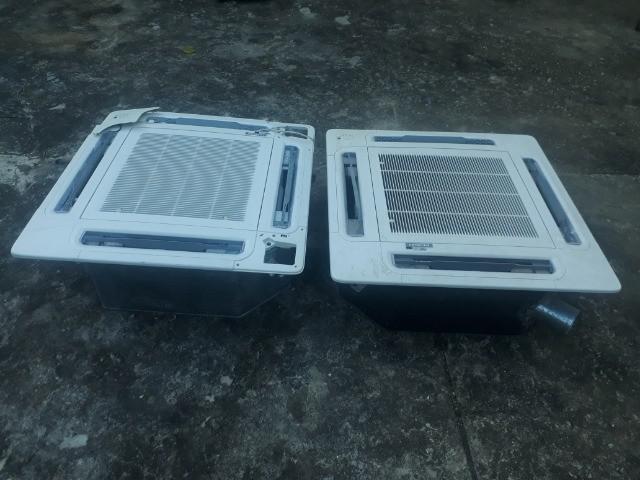 Duas Evaporadoras de Ar Condicionado Cassete