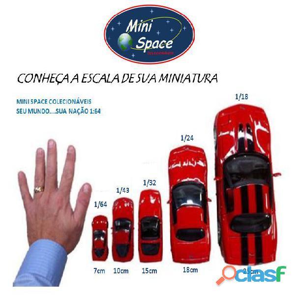 Hot Wheels 2021 Mattel Dream Mobile Azul Cartela Longa 1/64 10