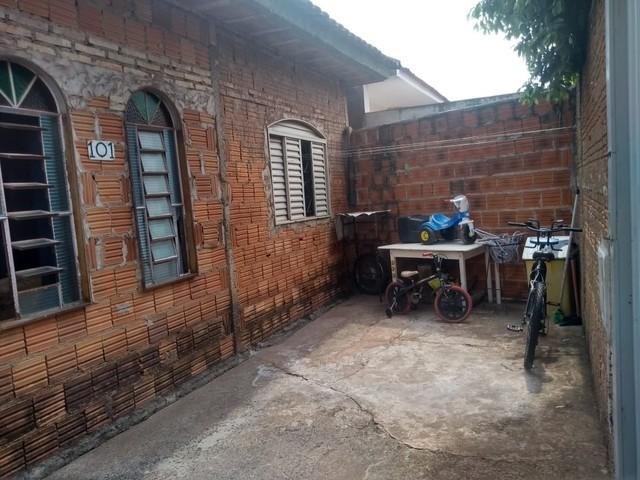 1001 - casa com quintal em vila garrido - negocio