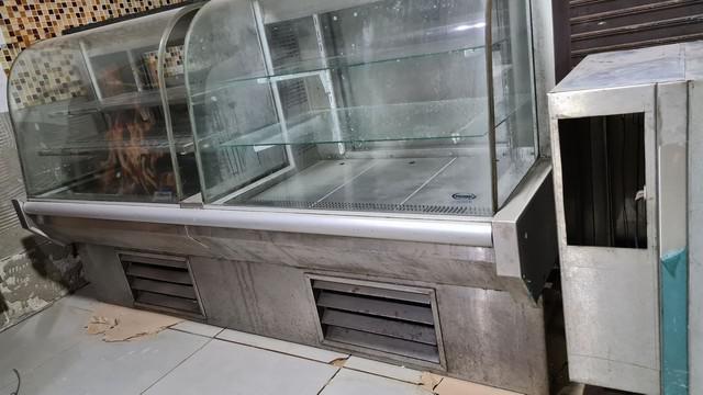 Balcão estufa expositora de salgado e refrigerado