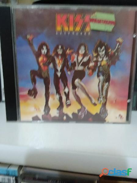 CDs de Rock ,Kiss, Manfred mann, purple, etc
