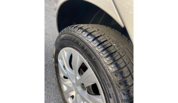 Volkswagen fox 1.6 1.6 mi total flex 8v 5p 11/12 prata