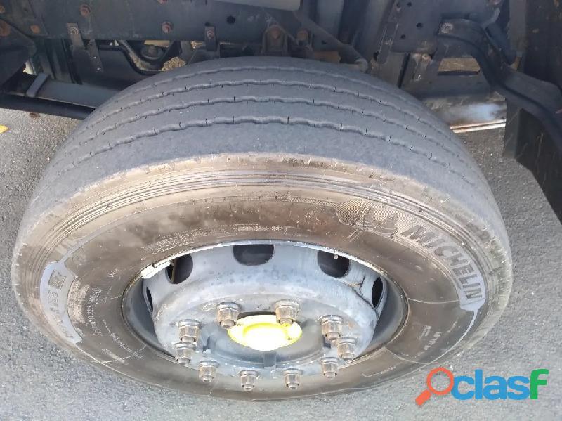 Ford cargo 2428 seminovo 4