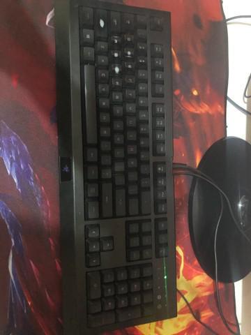 Vendo teclado razer cynosa pro