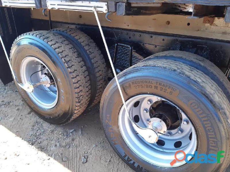 Caminhão Mercedes 2213 8