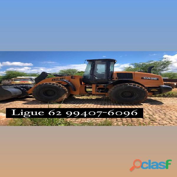 Pá Carregadeira Case 821E