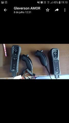 Nintendo wii desbloqueado, em excelente estado.