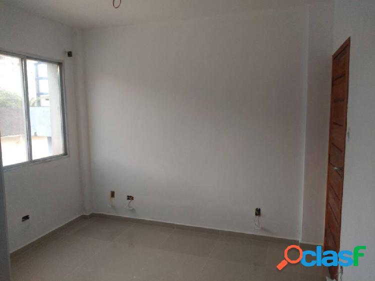 Apartamento de 2 dormitórios sendo 1 suite em são vicente na vila valenca
