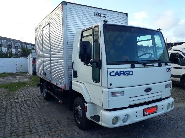 Cargo 2009 815 c/ 150 mil km único dono