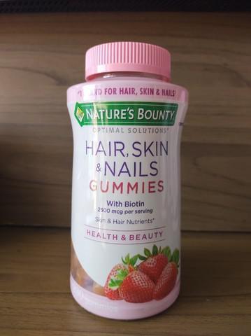 Hair skin e nails