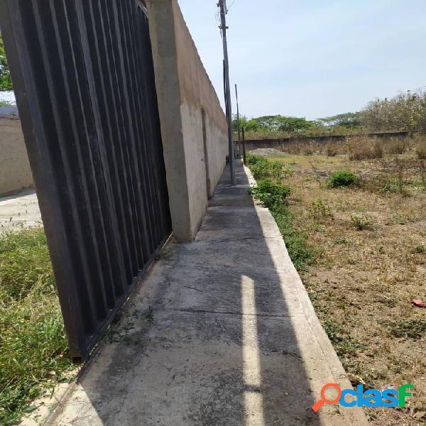 Terreno de 1000 M2 con construcción de casa en obra gris, San Diego 3