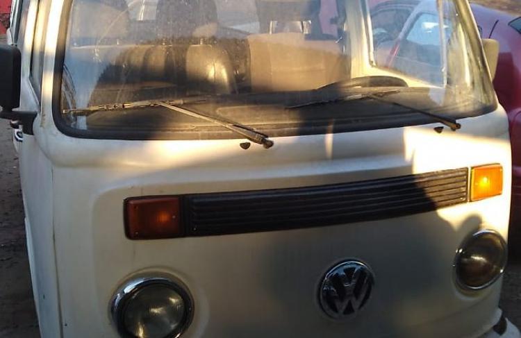 Volkswagen kombi standard lotação 1.6 / 2005