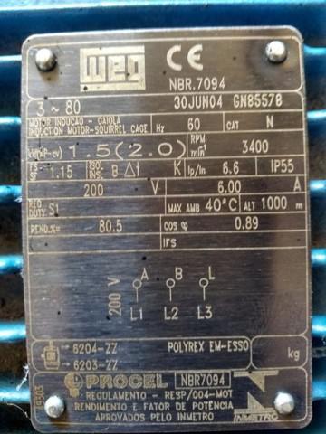 Esteira ergométrica profissional moviment, motor hp 2.0,