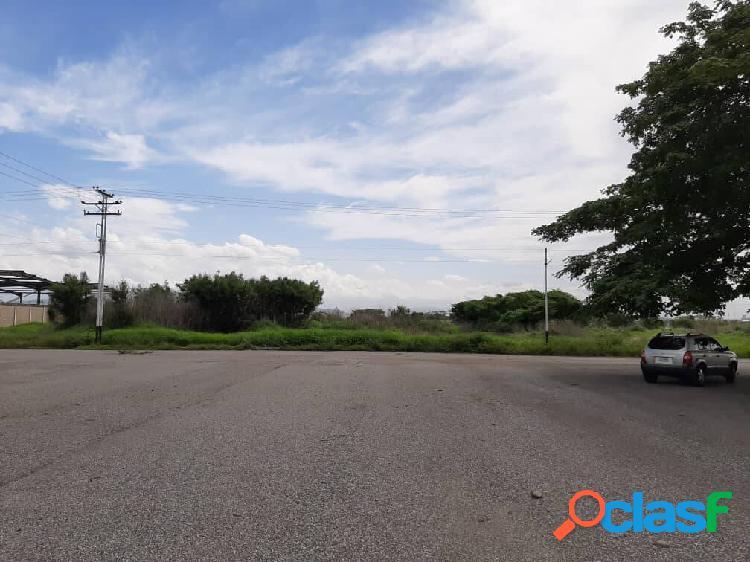Terreno en venta parque comercio industrial pista 69. el recreo. p09