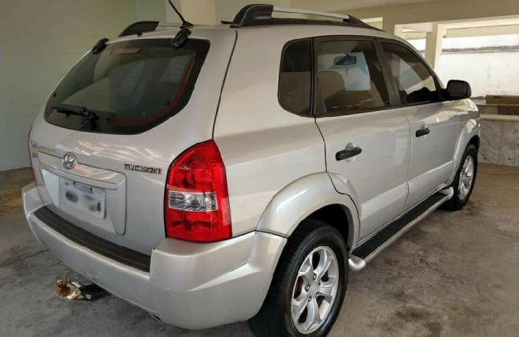 Hyundai tucson gl 2.0 16v / 2011