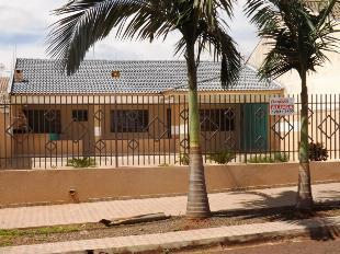 Aluga-se casa jd. lice frente centro infantil dona geny