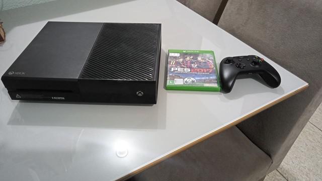 Xbox one 1 manete 1 jogo físico e jogos digital
