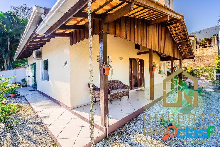 Casa semi mobiliada a venda no bairro velha em blumenau sc